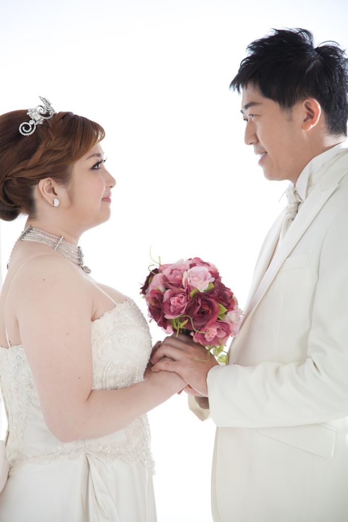 【婚紗】來White手工婚紗,挑夢幻白紗、試穿VERA WANG婚紗…_插圖